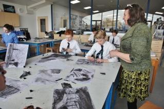 Kate Lynch charcoal workshop
